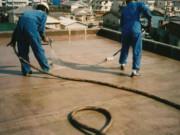 屋上防水作業