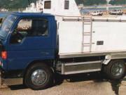 2t型活魚輸送車